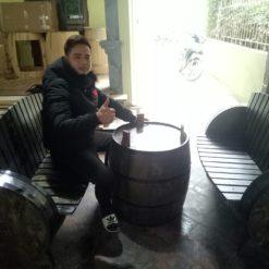 bo-ban-ghe-quan-bar